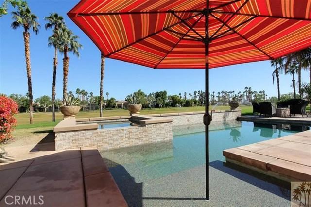 55210 Tanglewood, La Quinta CA: http://media.crmls.org/medias/a149ffb2-fc78-4a3a-a7b1-dc3e03249c07.jpg