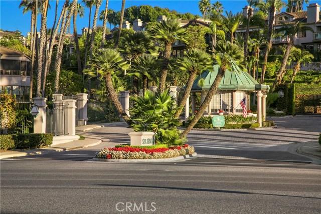 70 Ocean Vista, Newport Beach CA: http://media.crmls.org/medias/a14d82dd-edaa-45bd-92d2-057b558ed12d.jpg