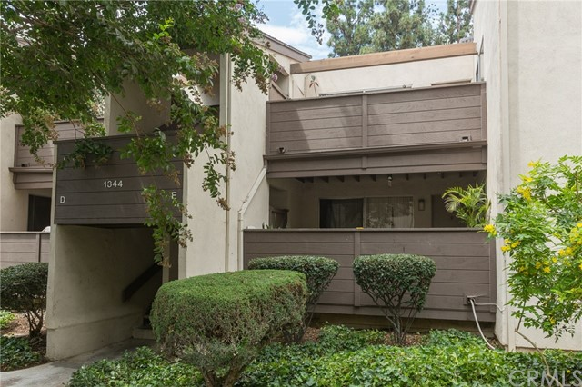1344 Cabrillo Park Drive J Santa Ana, CA 92701 is listed for sale as MLS Listing OC17197940