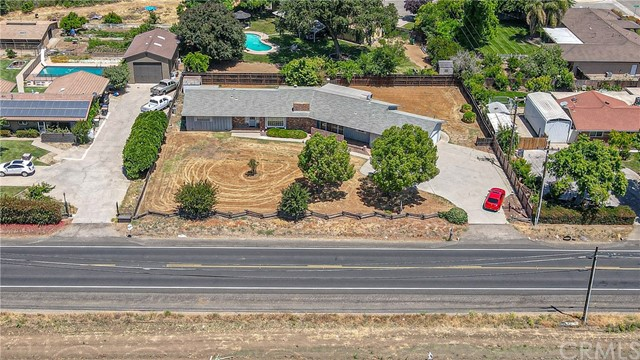 Detail Gallery Image 1 of 65 For 2343 W State Highway 140, Merced,  CA 95341 - 3 Beds | 2 Baths
