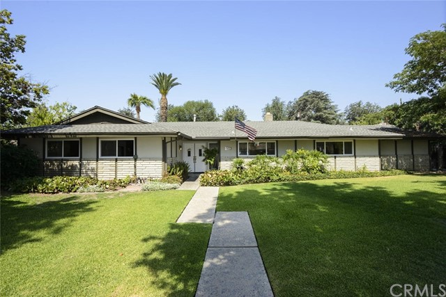 1775 N 1st Avenue, Upland, CA 91784