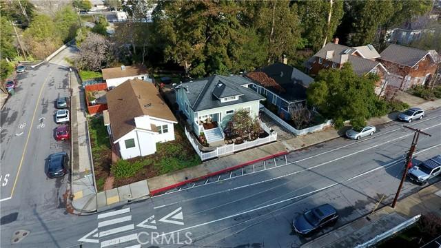 1208 Pismo Street, San Luis Obispo CA: http://media.crmls.org/medias/a17ca961-b00c-4c3d-83d4-884166463c5d.jpg
