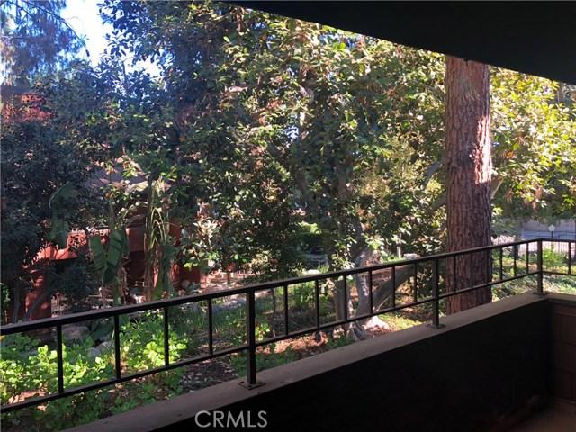 338 S Prospectors Road, Diamond Bar CA: http://media.crmls.org/medias/a181f4be-019c-4344-9adf-09e458f73615.jpg