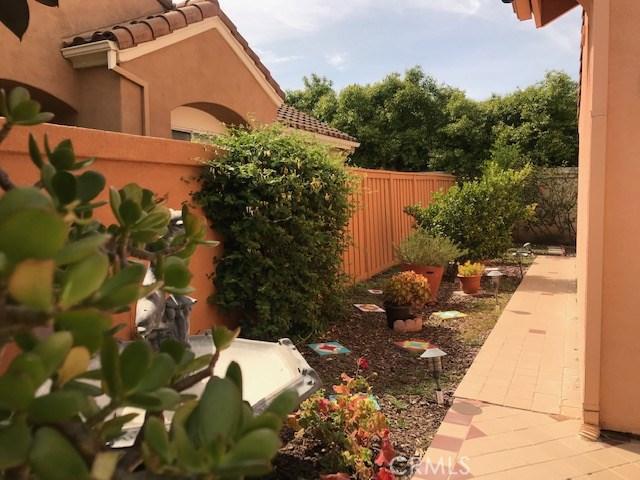 47 Marsala, Irvine CA: http://media.crmls.org/medias/a1888b65-d847-4ff3-8499-9fd09c66edd2.jpg