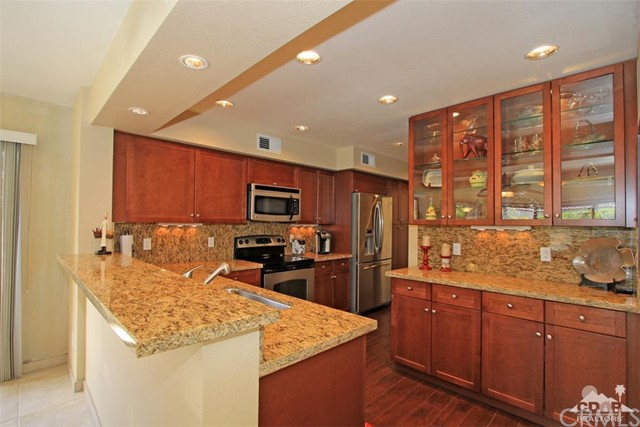 337 Forest Hills Drive Rancho Mirage, CA 92270 is listed for sale as MLS Listing 217011662DA
