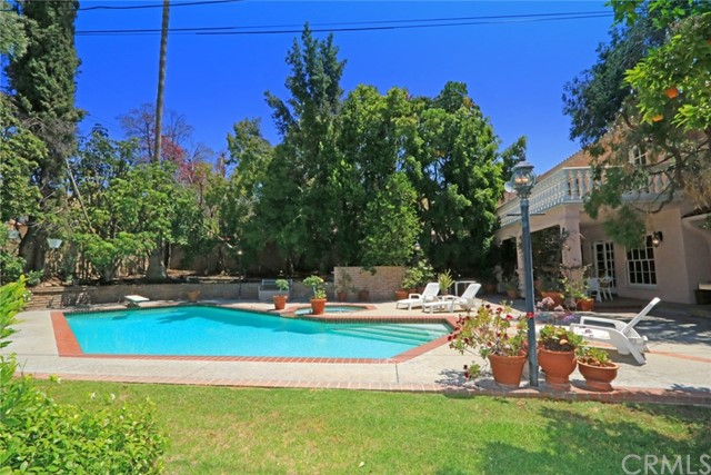 1063 E Olive Avenue Burbank, CA 91501 - MLS #: BB17157606
