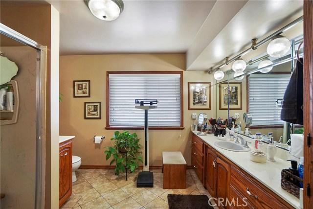 3716 Allred Street, Lakewood CA: http://media.crmls.org/medias/a1b75b81-efe0-4363-b570-9e8363952165.jpg