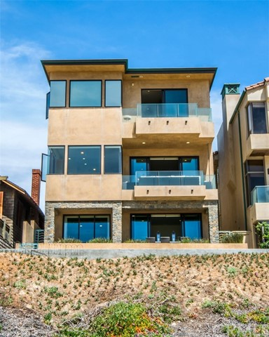 Single Family Home for Rent at 1804 The Strand Manhattan Beach, California 90266 United States