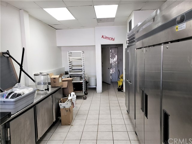 4220 Beverly Bl, Los Angeles, CA 90004 Photo 4