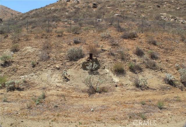 11275 Eagle Rock Road, Moreno Valley CA: http://media.crmls.org/medias/a1cd9dd3-446e-4cda-ae14-494a4ee226dc.jpg