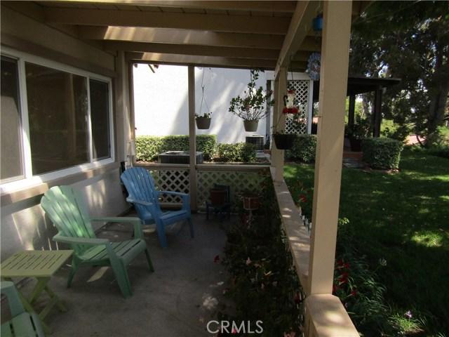28032 Via Bonalde, Mission Viejo CA: http://media.crmls.org/medias/a1d51c20-bfab-426e-8c99-e2d96fd3b040.jpg