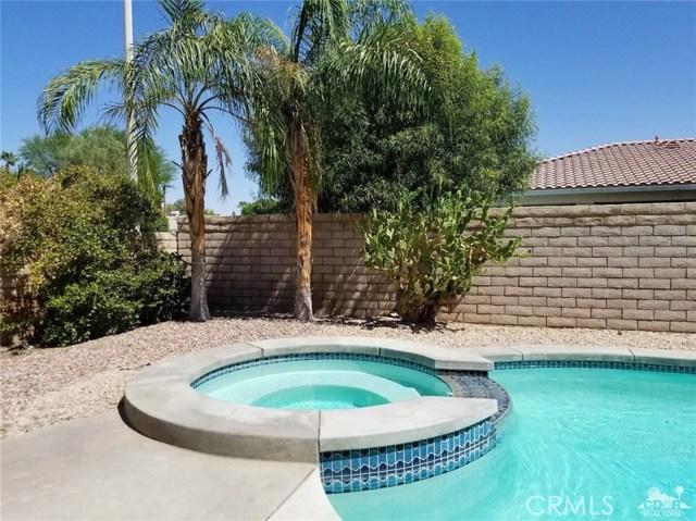 77626 Justin Court, Palm Desert CA: http://media.crmls.org/medias/a1dc923c-b8e4-4369-a15e-19e1b11bbe15.jpg