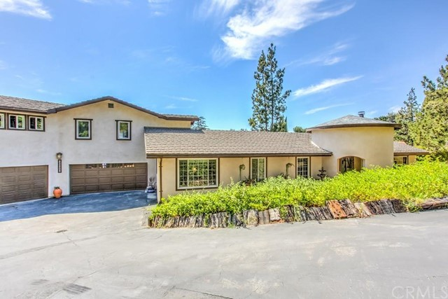 10562 Greenbrier Road North Tustin, CA 92705 is listed for sale as MLS Listing PW16122720