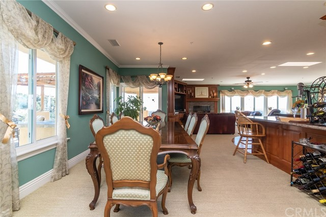 3335 Red Mountain Heights Drive, Fallbrook CA: http://media.crmls.org/medias/a1eeeced-61cd-4f0f-873f-d5f80656f77f.jpg
