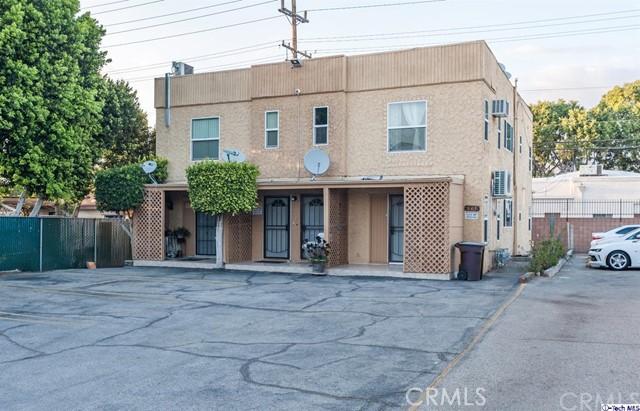 661 Ivy Street, Glendale CA: http://media.crmls.org/medias/a2033a8c-b659-4980-9da4-c32a1b261d71.jpg