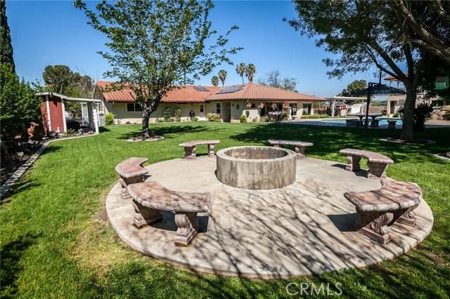 30116 Emerald Lane, Hemet CA: http://media.crmls.org/medias/a211b5f0-339f-4b57-a51c-8172d7fa71b3.jpg