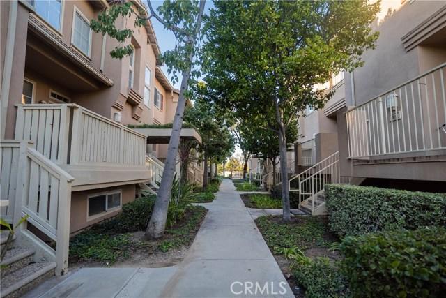 327 W Summerfield Cr, Anaheim, CA 92802 Photo 53