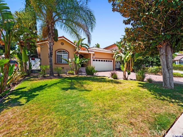 18038 Valley Vista Boulevard, Encino CA: http://media.crmls.org/medias/a2174010-e246-4982-933a-de2f6346401b.jpg