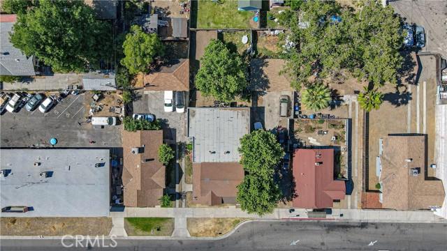 1625 E Olive Avenue, Fresno CA: http://media.crmls.org/medias/a217f54c-af47-4d8c-83f8-0620b79bc82c.jpg