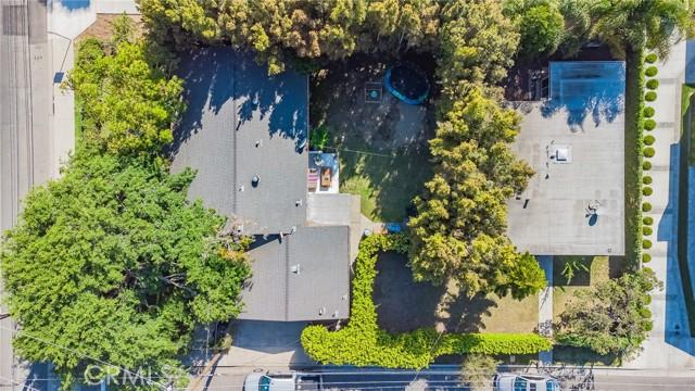 2133 Orange, Costa Mesa CA: http://media.crmls.org/medias/a21f228d-b425-471d-926d-f074a3b3beb4.jpg