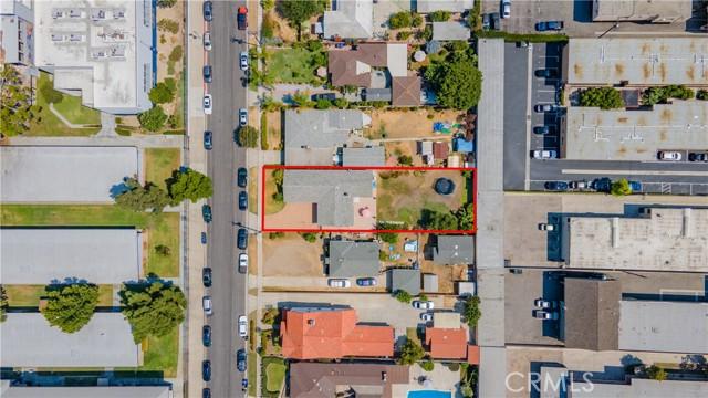 8112 De Palma Street, Downey CA: http://media.crmls.org/medias/a220a281-d8f2-40ed-aa67-cfe113a35812.jpg