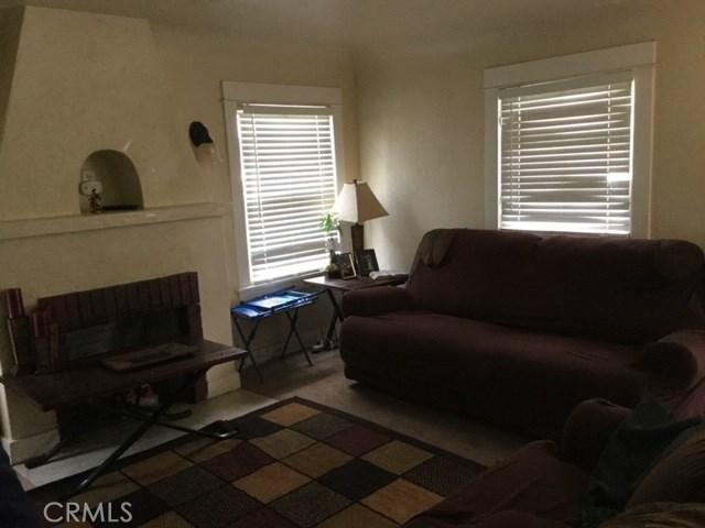 6837 Lomita Street, Riverside CA: http://media.crmls.org/medias/a2316cff-4264-4e0d-8b13-2ec6d58bef59.jpg