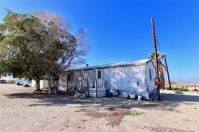 8995 Wilkins Road, Niland CA: http://media.crmls.org/medias/a241cc83-b906-485a-82c9-ff90fec903a4.jpg