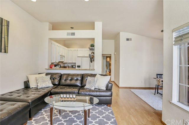 50 Tamarac Place Unit 61 Aliso Viejo, CA 92656 - MLS #: PW17240381