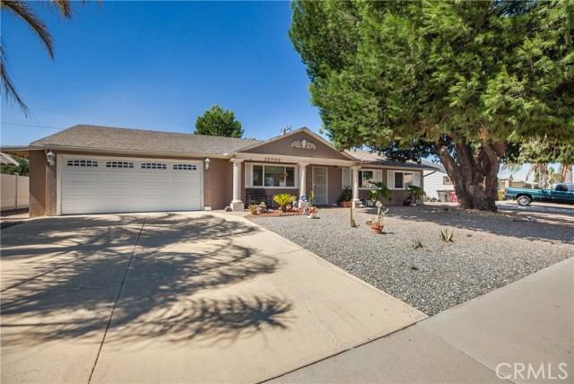 Photo of 28999 Glen Oaks Drive, Sun City, CA 92586