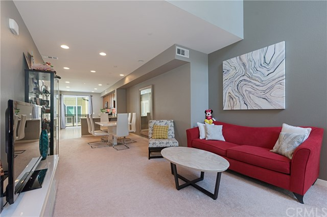 547 Rockefeller, Irvine, CA 92612 Photo 3