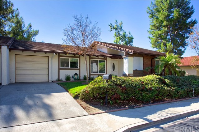 28012 Via Congora Mission Viejo, CA 92692 is listed for sale as MLS Listing OC18044074