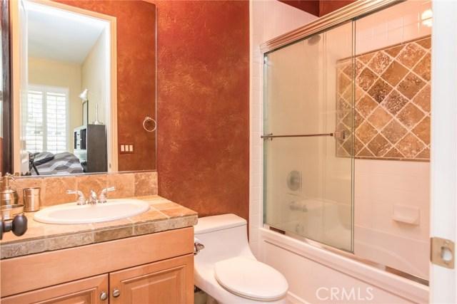 31791 Rancho Vista Road, Temecula CA: http://media.crmls.org/medias/a259081f-3569-429c-9084-a33d47bb85ac.jpg