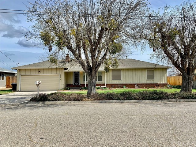 Detail Gallery Image 1 of 1 For 2573 Country Dr, Merced,  CA 95340 - 3 Beds   1 Baths