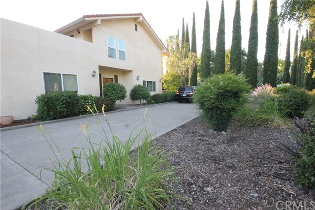 37 Caruthers Lane, Chico CA: http://media.crmls.org/medias/a285afd0-6f90-4f24-bb41-fd279854abbd.jpg
