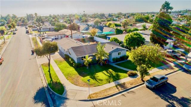 221 S Vine Avenue, Fullerton CA: http://media.crmls.org/medias/a2881760-db87-4de5-a8a8-c429b50f68fc.jpg