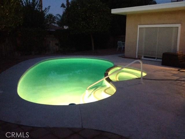 74430 Chicory Street, Palm Desert CA: http://media.crmls.org/medias/a288a18e-b74c-49dc-81f8-8eb0c386005d.jpg