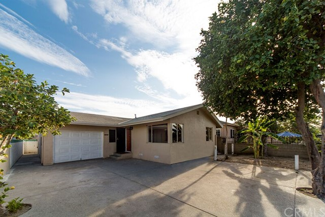 Single Family Home for Sale at 2418 West Stanford St 2418 Stanford Santa Ana, California 92704 United States