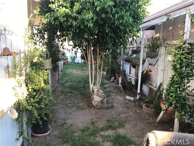 4901 Green River Road, Corona CA: http://media.crmls.org/medias/a295dc7c-4771-44cf-9407-ff69a38bfe31.jpg