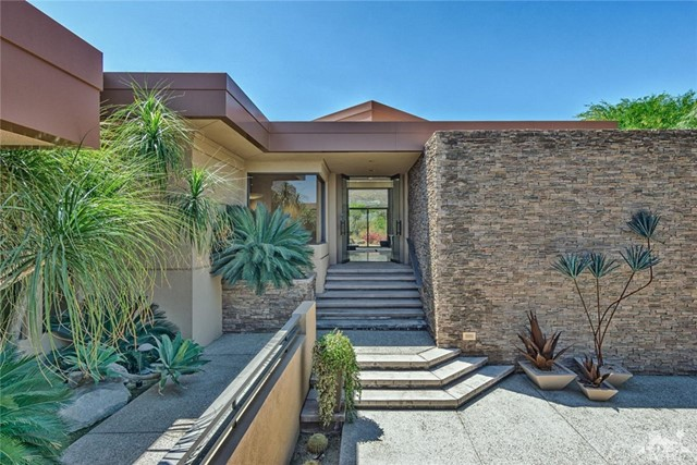 Single Family Home for Sale at 100 Chalaka Place 100 Chalaka Place Palm Desert, California 92260 United States
