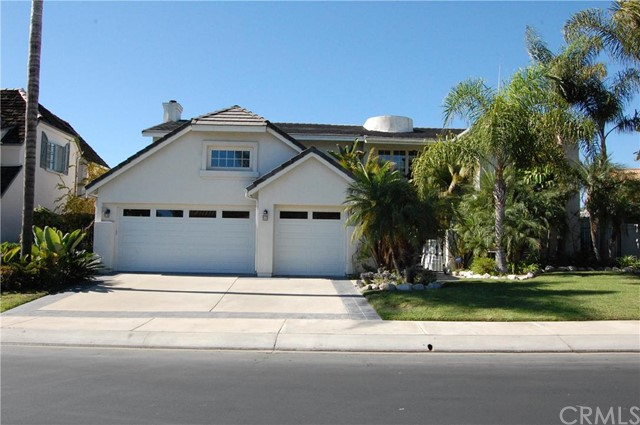 Single Family Home for Rent at 234 Avenida Vista Del Oceano St San Clemente, California 92672 United States