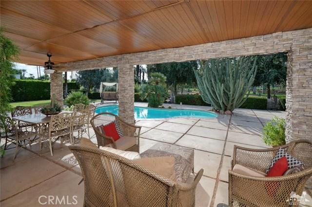 71443 Country Club Drive, Rancho Mirage CA: http://media.crmls.org/medias/a2a8995e-b92e-42aa-8af2-a53b9756131d.jpg