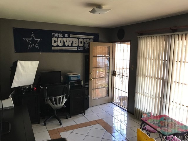 15350 CABELL Avenue Bellflower, CA 90706 - MLS #: CV18001984