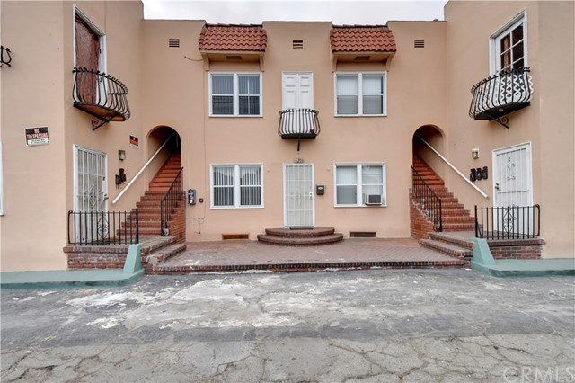 621 E 6th Street Long Beach, CA 90802 - MLS #: PW18037245