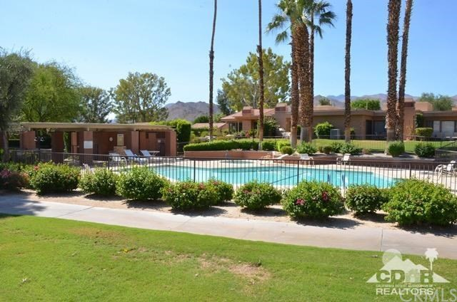 72427 Rollling Knolls Drive Palm Desert, CA 92260 is listed for sale as MLS Listing 216026618DA