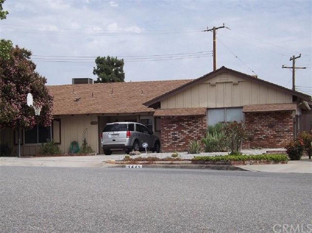 3445 Clifton Avenue Highland, CA 92346 is listed for sale as MLS Listing CV17171806