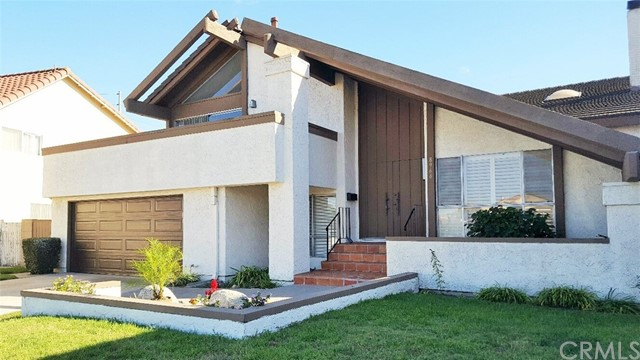 Single Family Home for Rent at 8966 Thames River Avenue Fountain Valley, California 92708 United States