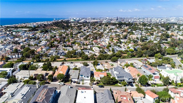 665 19th Street Manhattan Beach, CA 90266 - MLS #: SB18216008