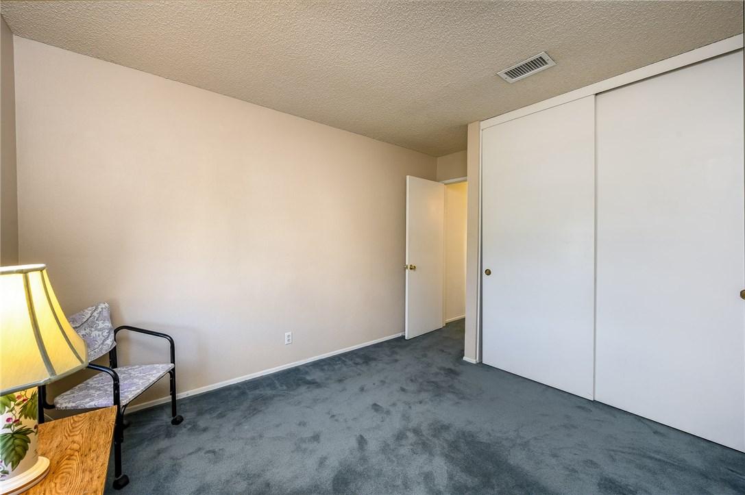 10271 Canyon Vista Road, Moreno Valley CA: http://media.crmls.org/medias/a2dc2b7a-7887-4314-9635-a4f18ca85ec2.jpg