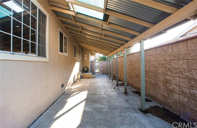 11604 Kibbee Avenue, Whittier CA: http://media.crmls.org/medias/a2e53e19-74df-47e5-bc90-1b4b3b53e4c8.jpg