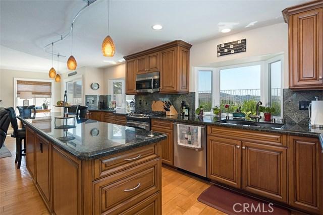 28882 Mountain View Lane, Lake Forest CA: http://media.crmls.org/medias/a2ec57ab-6fbc-4f1b-9536-d217a75de16c.jpg
